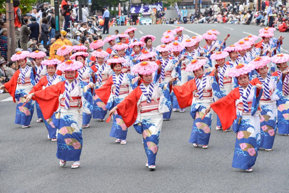ゴールデンウィークを楽しみ尽くせ!日本最大級のお祭り、博多どんたくの魅力を徹底解説!