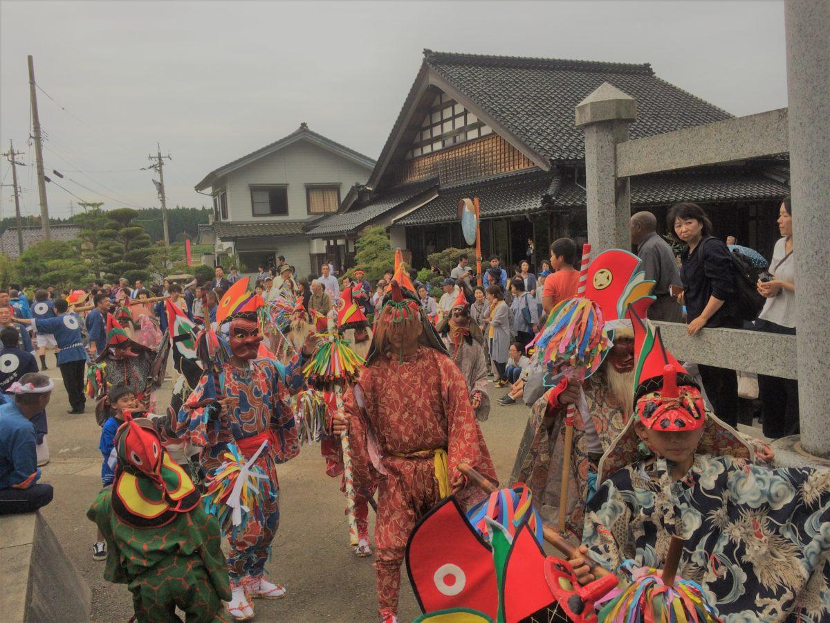 君はガチの神ダンスを見たことがあるか?! 悠久の時を感じさせるフォトジェニック祭、能登のお熊甲祭り