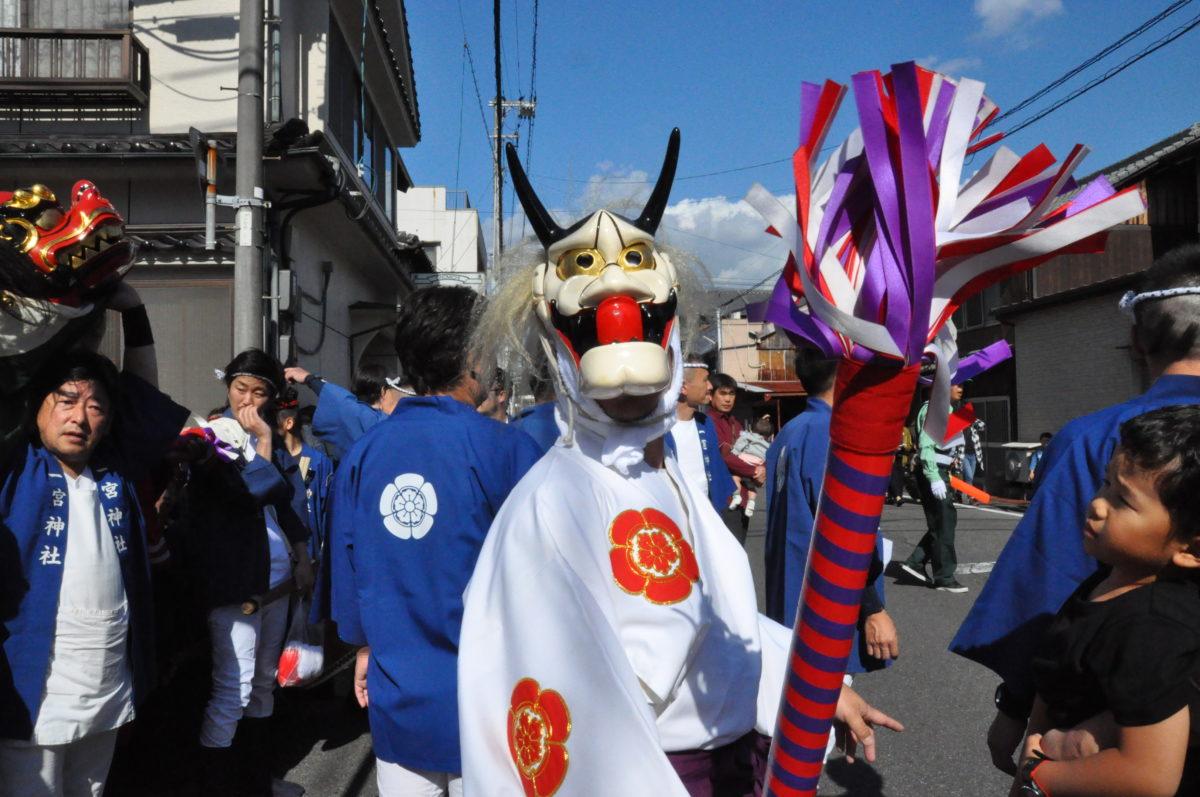 【2020年情報】尾道ベッチャー祭!ベッチャー・獅子・神輿が練り歩き、子供のギャン泣きが街に響く尾道の奇祭をレポート!