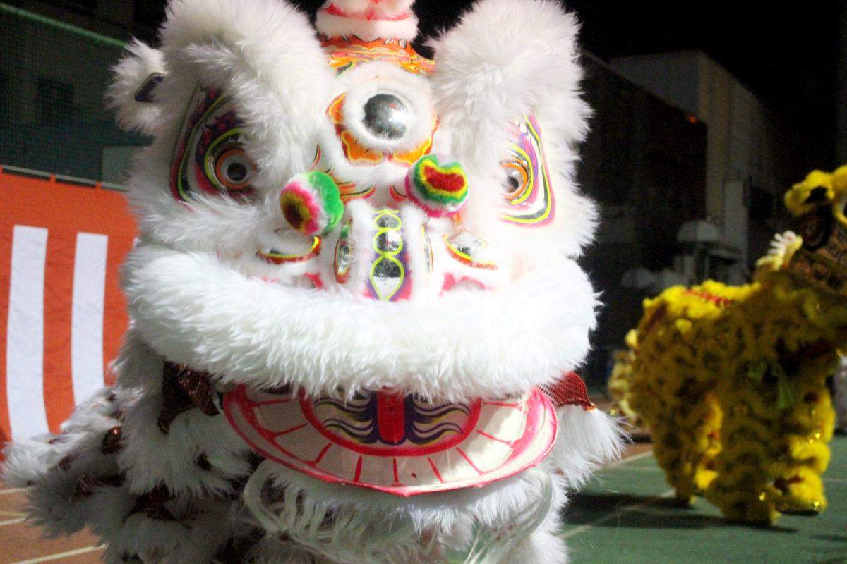 爆竹、獅子舞と大盛り上がり!横浜中華街の春節カウントダウンへ行ってきました。