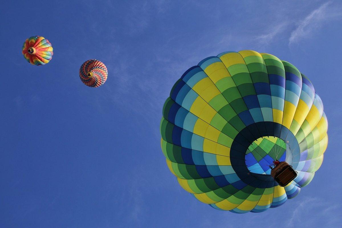 初夏の長野、気球が映える♪佐久バルーンフェスティバルの魅力とは?