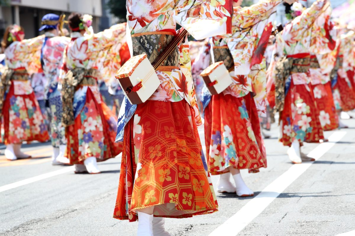 阿波踊りに似た、全国の踊りのあるお祭りをご紹介!