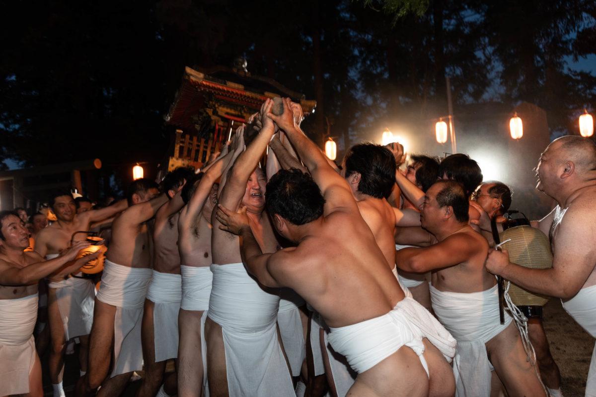 褌姿の男衆がぶつかり合う?!常陸大宮裸祭りがアツかった!