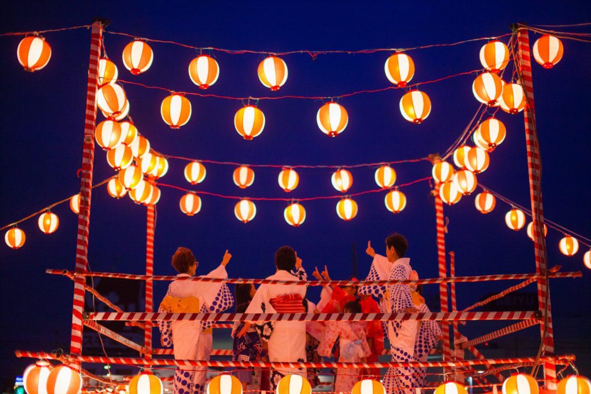 日本における盆踊りの変遷をご紹介!人が踊る理由も解説
