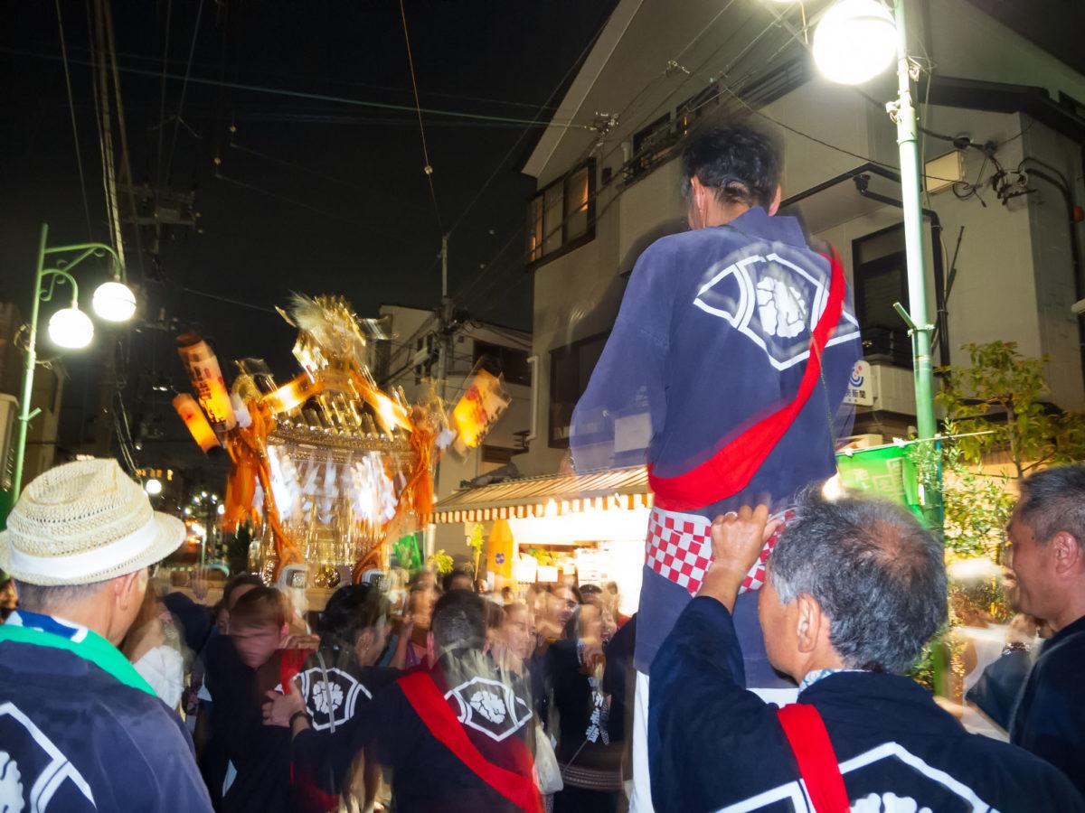 【地元のお祭りに参加しよう】隣町の人と仲良くなって子安八幡神社例大祭お神輿担ぎに参加してきました