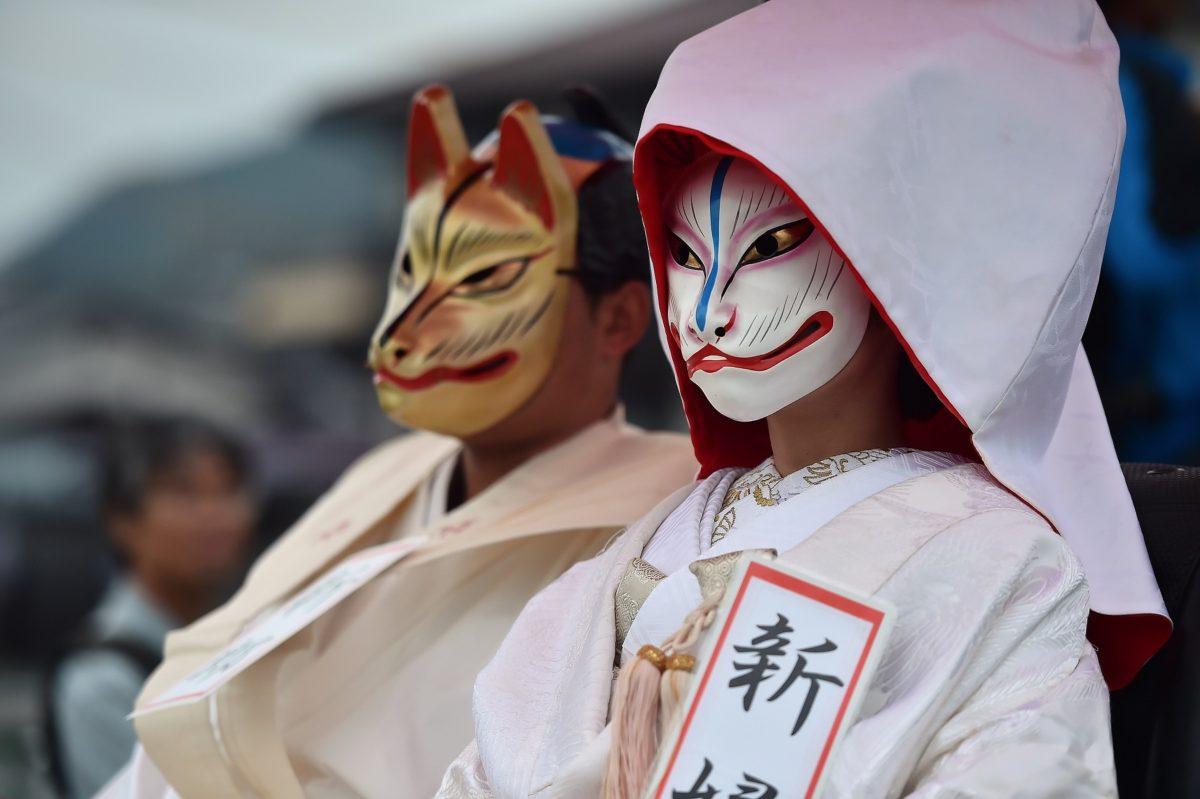 「きつねの嫁入り」をレポート!!山口県の花岡福徳稲荷社を狐たちが練り歩く♪