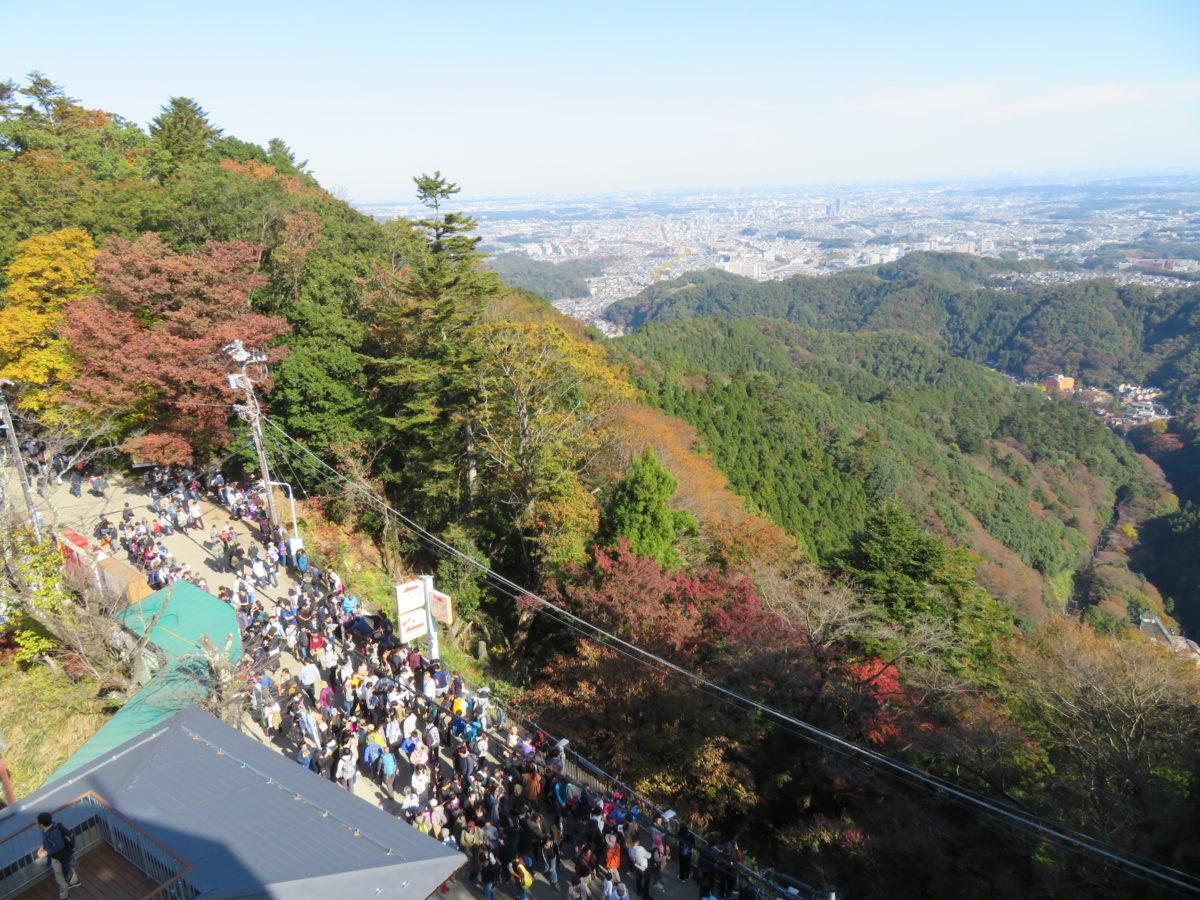 「高尾山もみじまつり」、登山者数世界一の高尾山で目の保養をしながらのグルメ