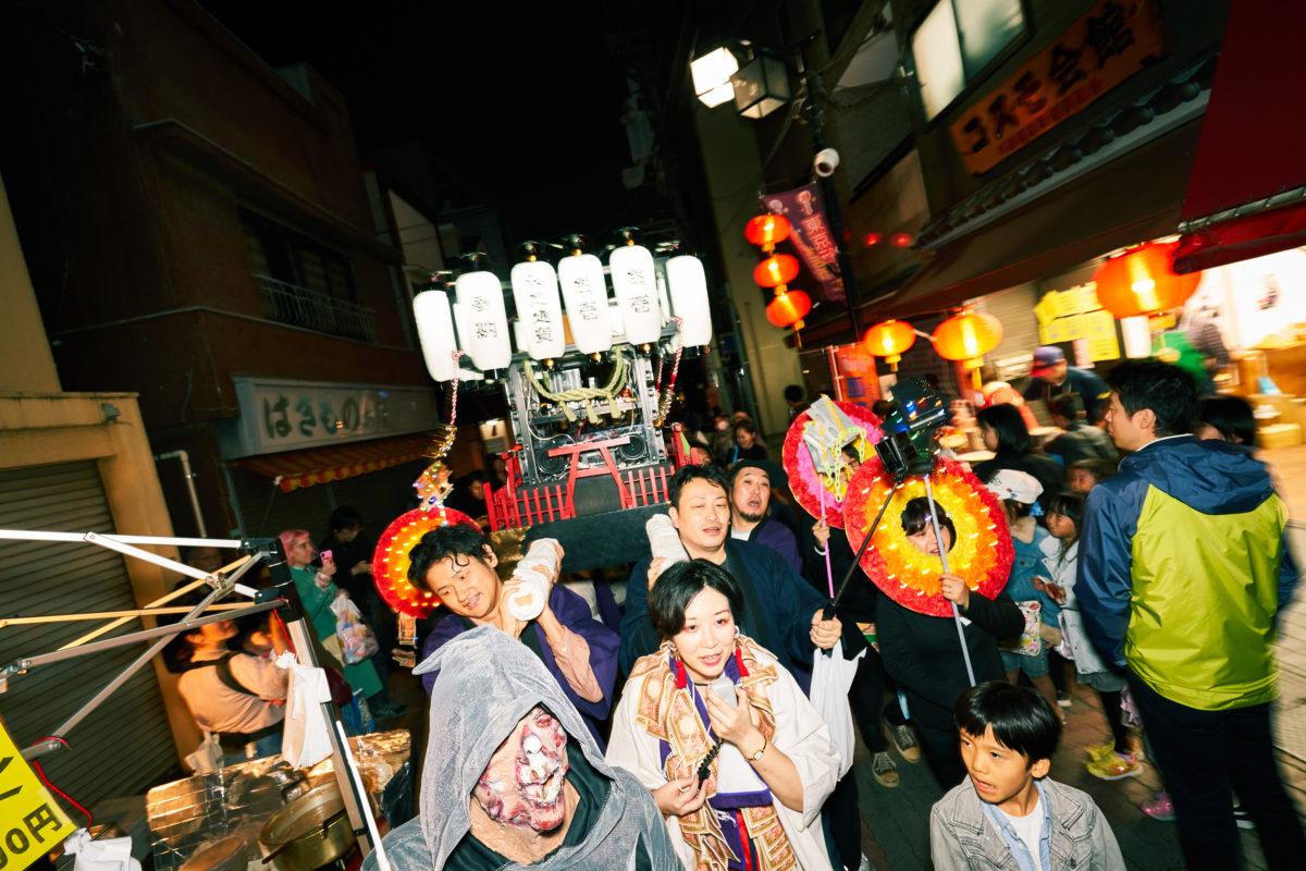 メディア・アーティスト市原えつこ氏が挑んだ奇祭とお金にまつわる社会実験とは?