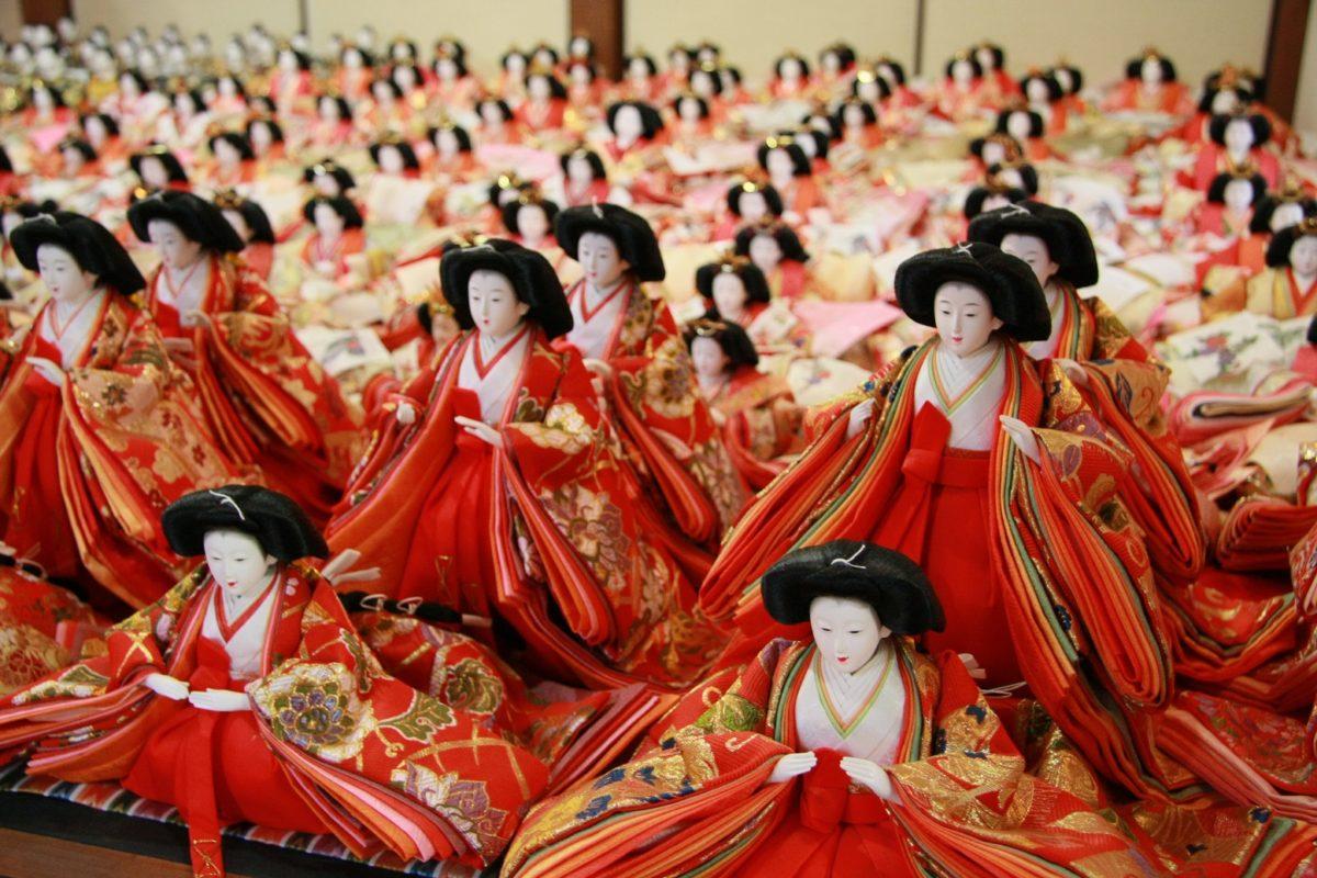 成長と幸せを祈る早春の祭「雛の里・八女ぼんぼりまつり」福岡県八女市にて開催