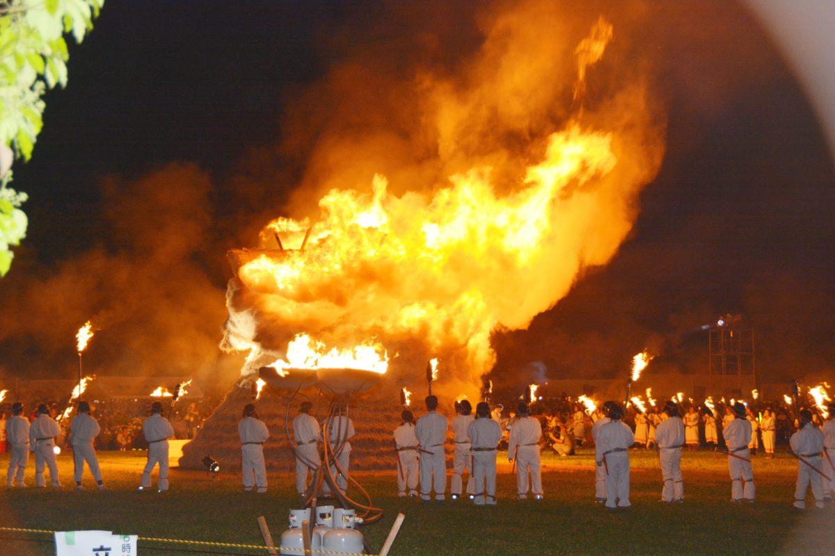 【さきたま火祭り】古事記に記される海幸彦、山幸彦の誕生に秘められた古代のロマンを再現
