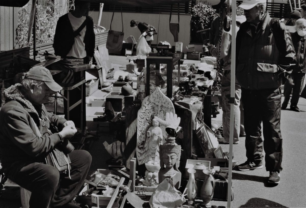 弘法市と天神市。コロナが収束したら必ず行きたい京都の骨董市。