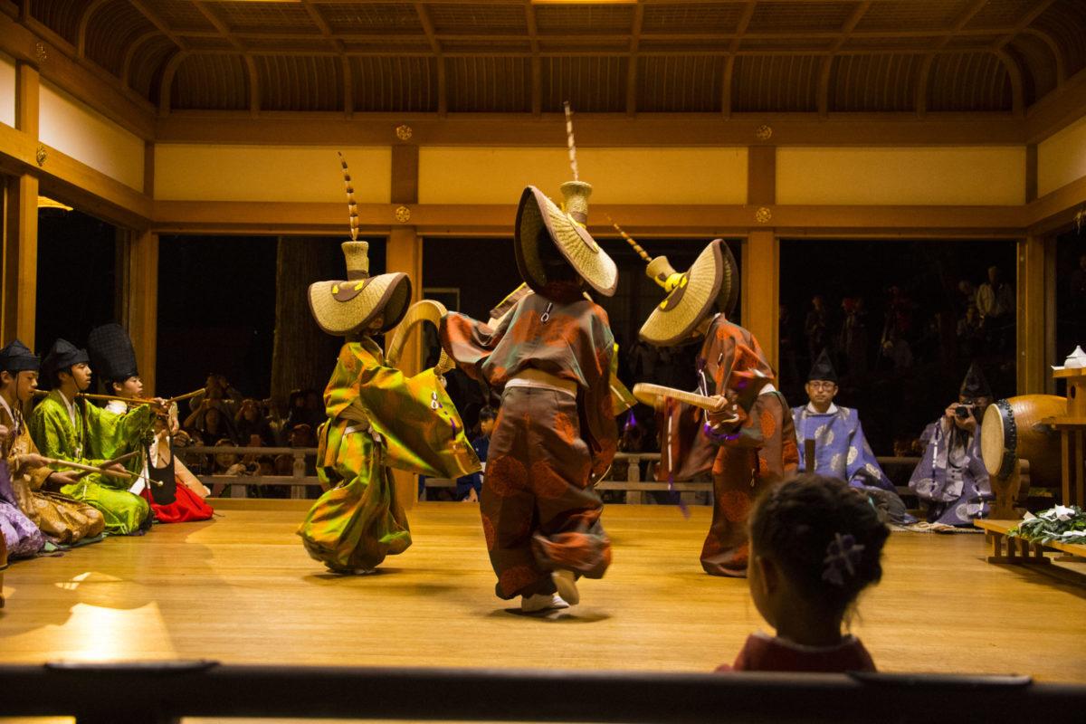 【こきりこ祭り】日本の原風景「五箇山」で最古の民謡を堪能しよう!