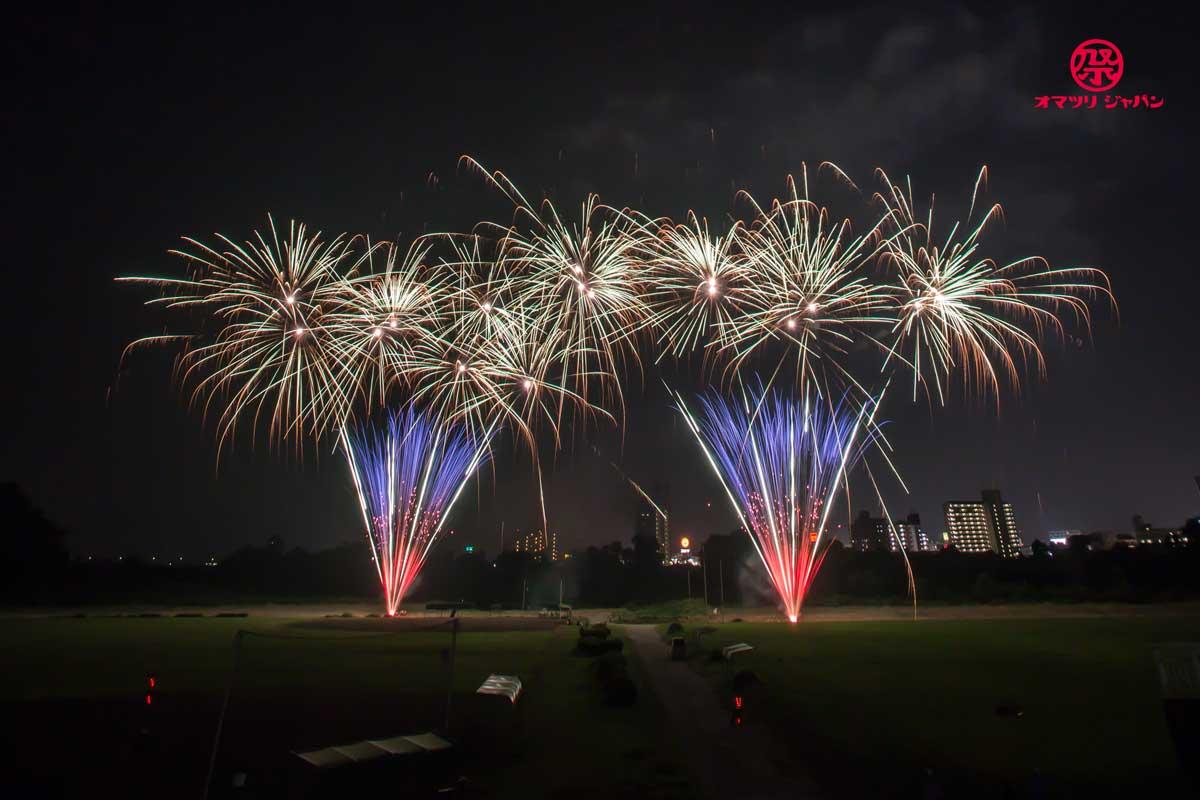 みあげてごらん足利の夜空。とある企業による優しさから生まれたプライベート花火大会!