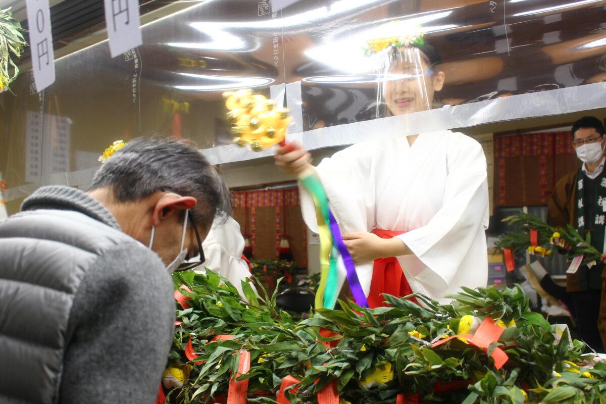 神農祭(少彦名神社)、現地速報レポート!健康むすめによる神虎授与もあり