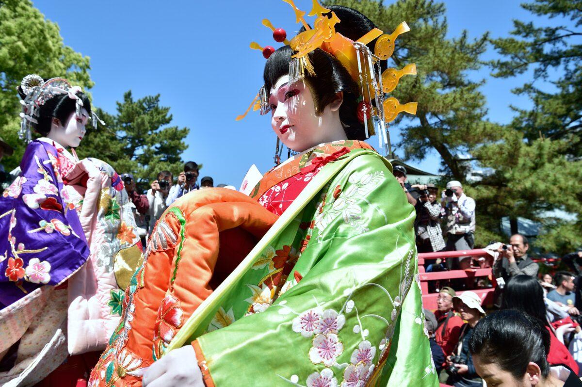「しものせき海峡まつり・先帝祭」上臈道中は満腹の敬意 観光経済新聞