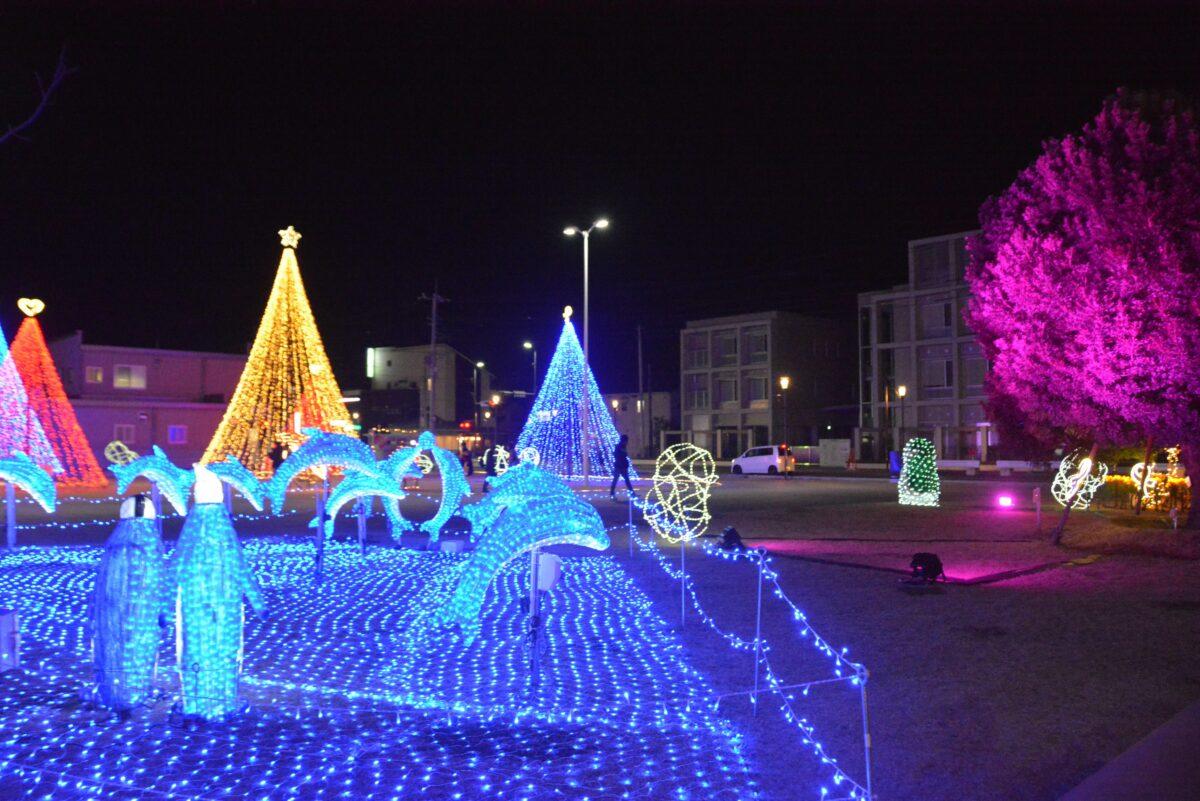 【伊勢崎市まちなかイルミネーション】JRと東武線の共通の駅を包む光の装飾