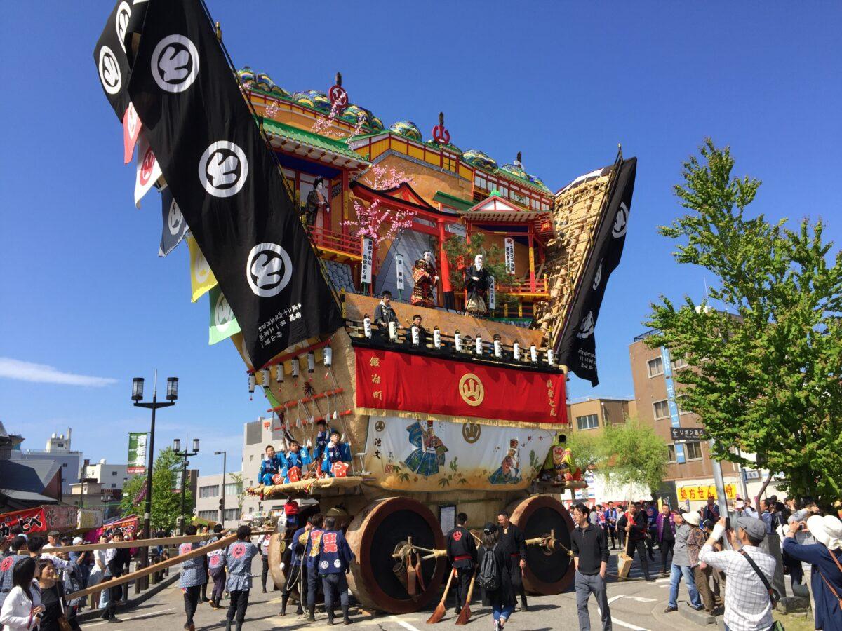 「青柏祭」能登を彩る日本最大級の曳山|観光経済新聞