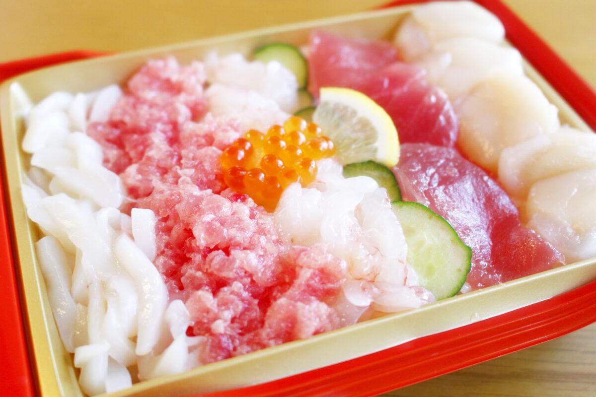 ヤオコーのひな祭りはちらし寿司がおすすめ!帆立、まぐろ、えびがぎっしり