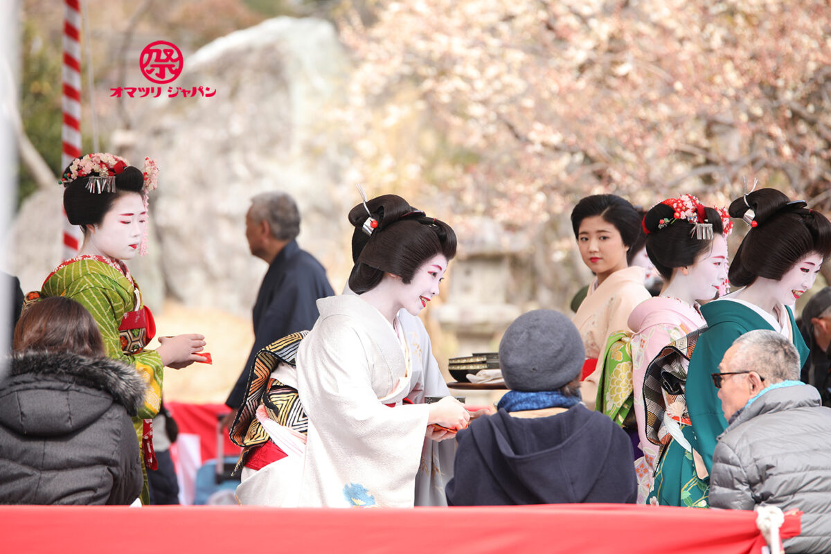 京都 北野天満宮「梅花祭」芸舞妓の茶席