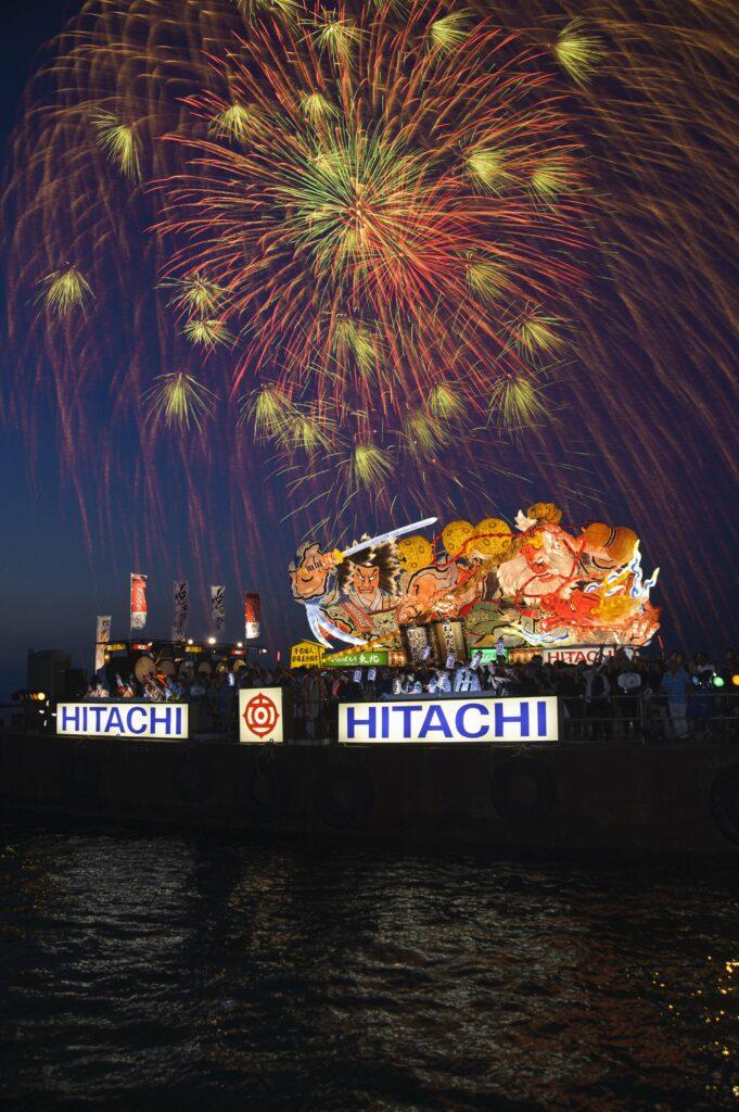 「青森ねぶた祭」ねぶた祭の幻想的な最後の姿 観光経済新聞