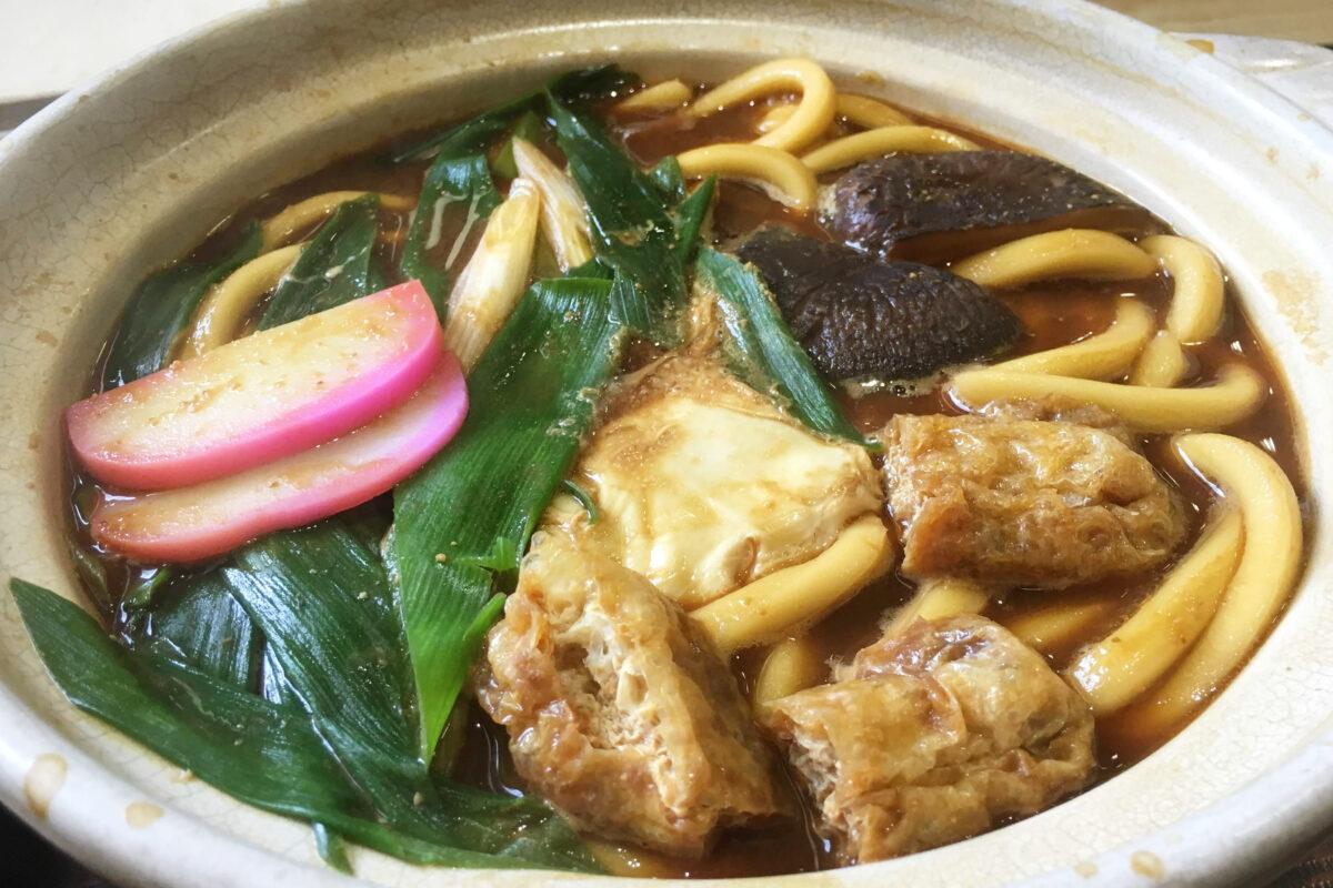味噌煮込みうどんをお家でつくろう!スガキヤの八丁味噌使用スープの袋麺