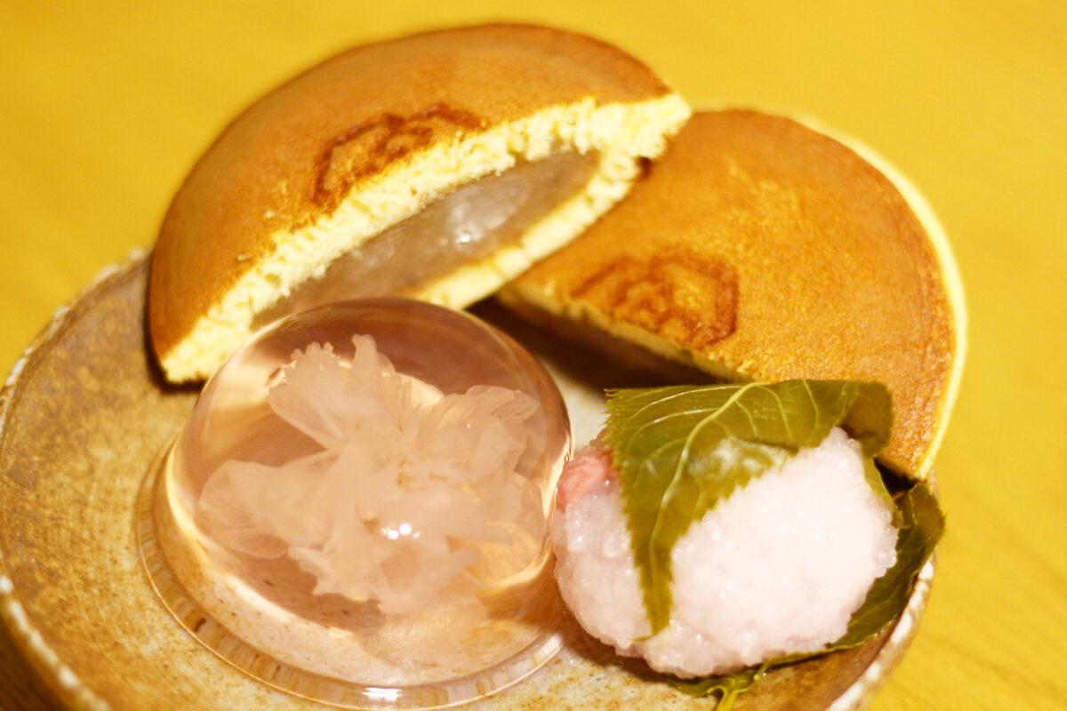 亀屋万年堂の桜スイーツ3選!桜の道明寺、どら焼き、ゼリーを実食レポ