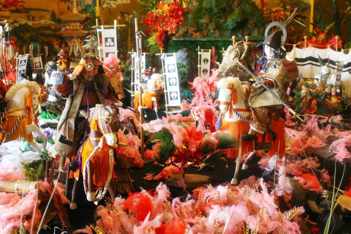 端午の節句・飯塚2021開催中!迫力満点の五月人形、つつじが彩る名勝庭園