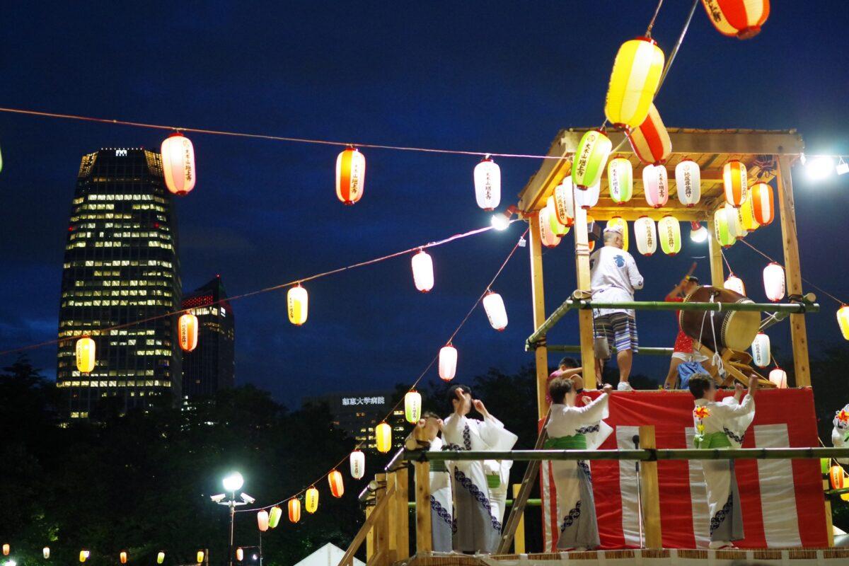 東京観光は盆踊りと一緒に楽しもう! 観光も楽しめる夏の盆踊りをご紹介