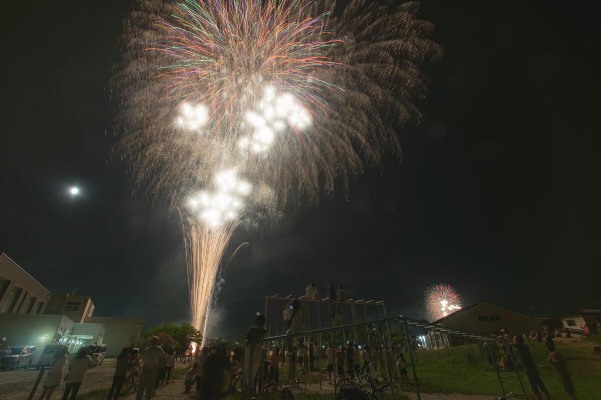 子どもたちに希望を届ける花火!土崎夢花火が今年も開催!