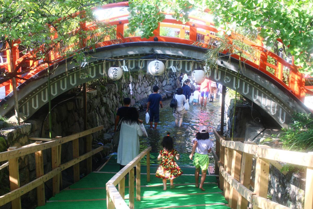 下鴨神社御手洗祭(足つけ神事)2021!涼を感じ、無病息災を祈る京都の夏祭り